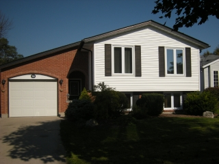 16 Willow Glen Crt, Sarnia Ontario, Canada