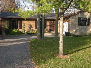 4076 Collingwood, Plympton-wyoming Ontario, Canada