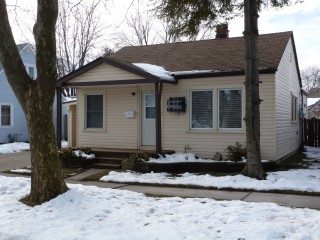 115 Walnut Ave North, Sarnia Ontario, Canada